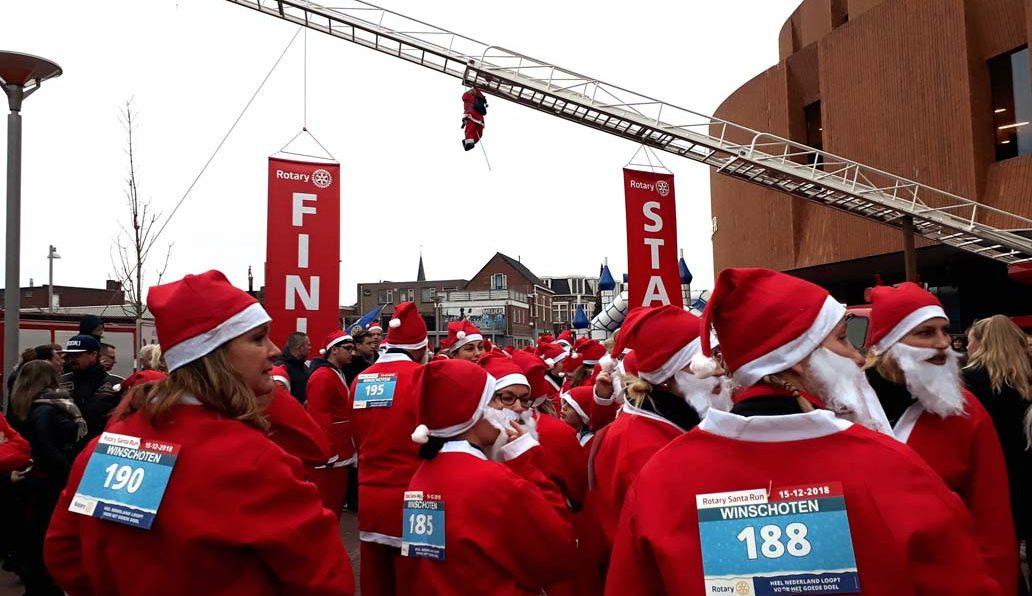 Santa Run te Winschoten
